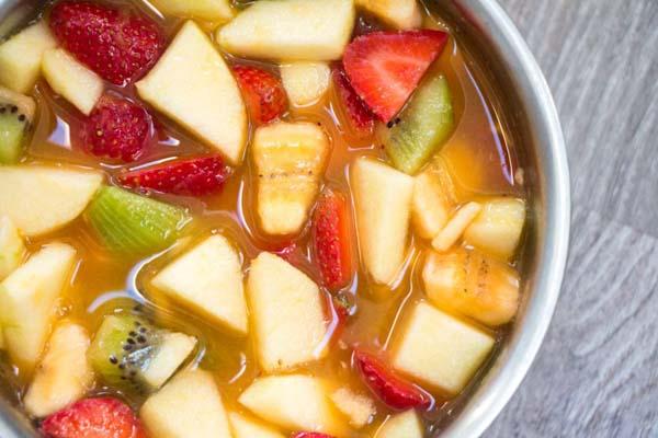 Receta macedonia con miel y licor