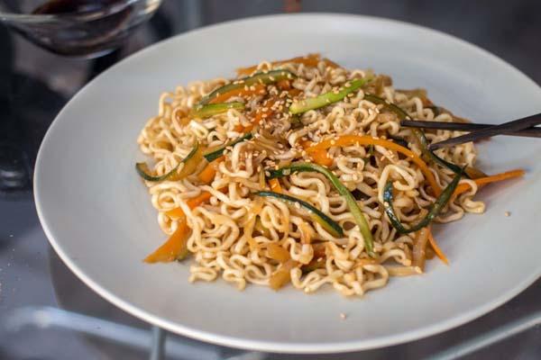 Receta fideos chinos con verduras